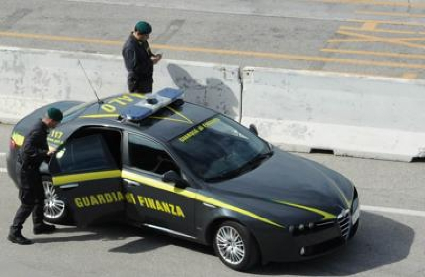 Tangenti, operazione della Guardia di Finanza: sequestrati beni per 15 milioni