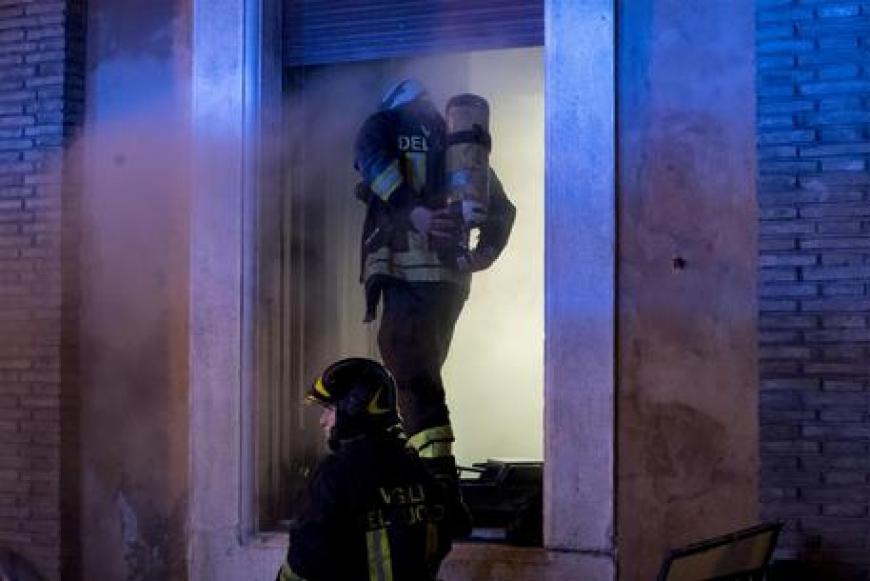 Principio di incendio a Roma in ospedale Fatebenefratelli dimensione font +